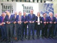 Bakan Ersoy: Uçağa binemeyen arkadan el sallar