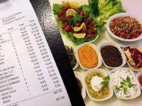 İkram sanıp yediler! Et restoranında 285 TL'lik meze şoku