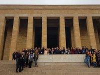 Bismilli kız öğrenciler Konya ve Ankara'da bilgilendiler