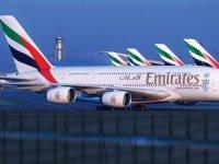 Uçuşları askıya alan Emirates ilk yolcu uçuşlarını duyurdu