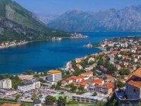 Sahte konsolosluk binası açıp, 12 bin euroya vatandaşlık sattılar