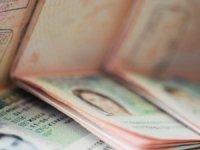 Yurt dışı çıkış harçları 15 liradan 50 liraya çıkıyor
