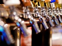 Alkollü içki satışında1 Nisan 2019'a kadar belge uzatma şartıgeldi