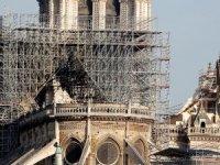 Notre Dame bağış kampanyasında dolandırıcılar iş başında