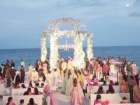Hintli milyarderler Antalya'da!11 günde 4 dev Hint düğünü!