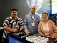Adonis.com, Dubai ATM'de dünya devleri arasında
