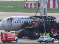 Aeroflot: Uçak kazasında pilot hatası ihtimali üzerinde duruluyor