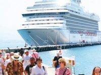 """""""Kruvaziyer turizmi fırsat olarak değerlendirilmeli"""""""