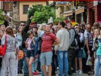 Antalya Kaleiçi Rus turistlerin akınına uğradı