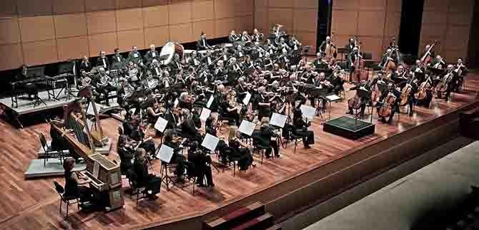 -istanbul-devlet-senfoni-orkestrasi,.jpg