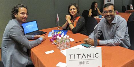 ahmetabad-titanic.jpg