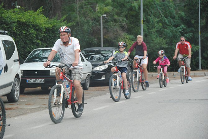 alman-bisiklet-tutkunlari-.JPG