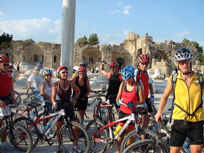 alman-bisikletciler,-001.jpg