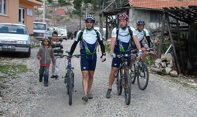 alman-bisikletciler-001.JPG