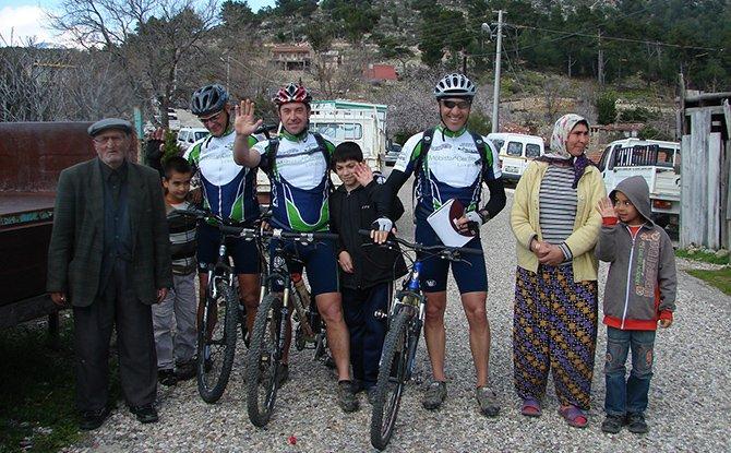 alman-bisikletciler.JPG