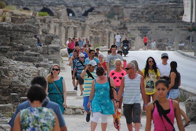 alman-emekli-turistlerle--002.jpg