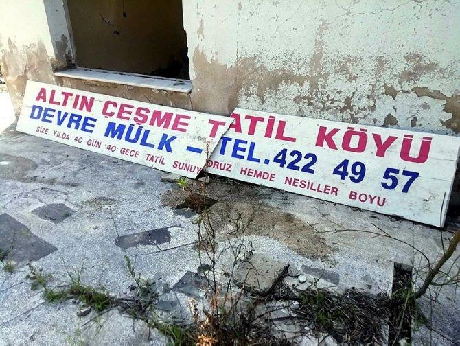 altin-cesme-tatil-koyu-001.jpg