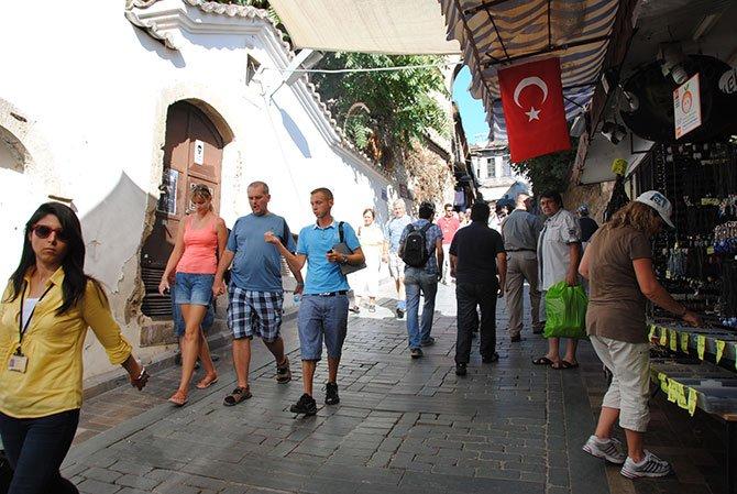 antalya-gelen-turistler,-002.jpg