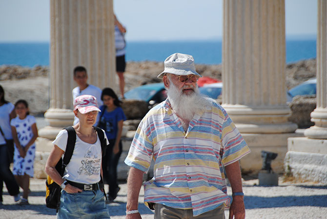 avrupali-turistler-apollon-005.jpg