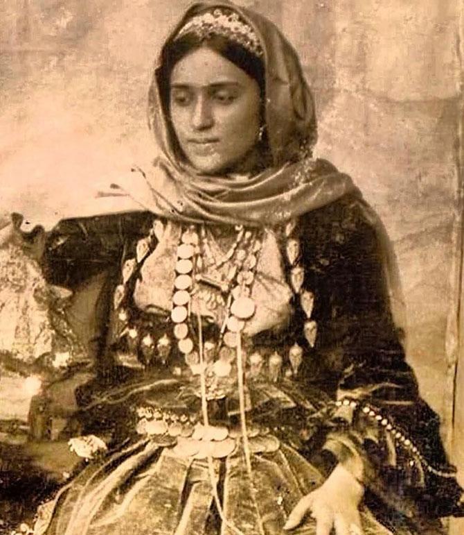 azerbaycan-kelagayi-sali--001.jpg