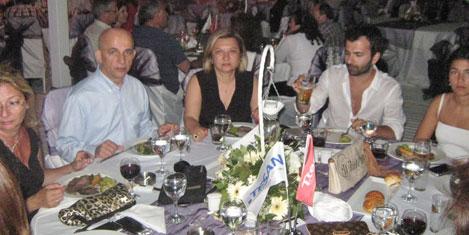 bekir-erdogan-ve-esi1.jpg