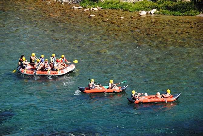 beskonak-koprulu-kanyonda-rafting--006.jpg