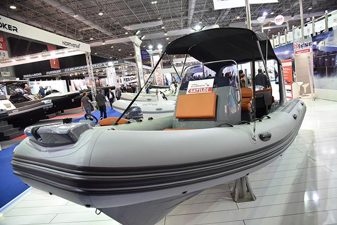 boat-show-003.jpg