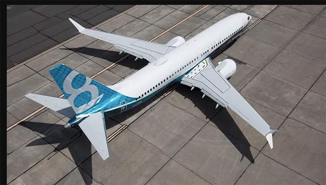 boeing'in-737-max-jetliner-001.jpg