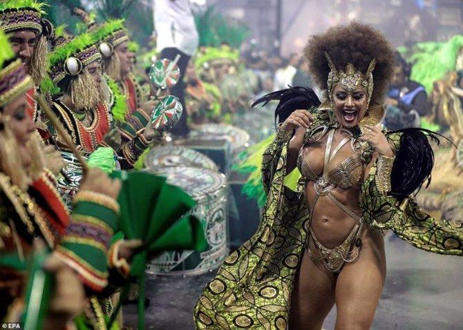 brezilya-samba-festivali--005.jpg