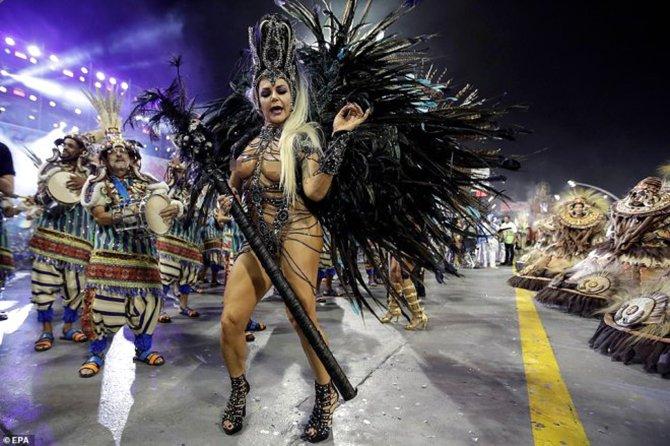 brezilya-samba-festivali--007.jpg