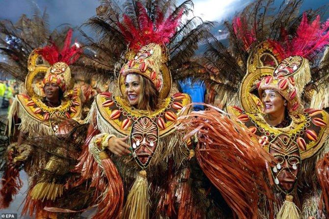 brezilya-samba-festivali-.jpg