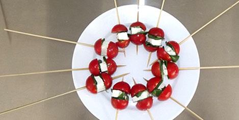 cin-cin-kafeterya-domates-peynir.jpg