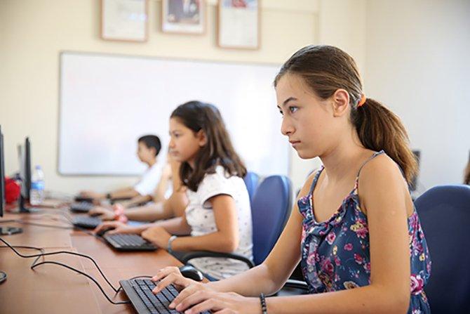 cocuklara-bilgisayar-kursu.jpg