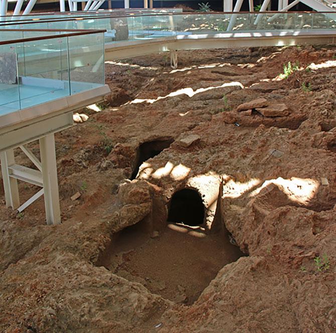 dogu-garaji-nekropol-alan-002.jpg