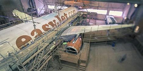 easyjet-7.jpg