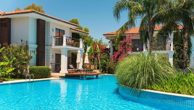 ela-quality-resort-belek-genel-muduru-ufuk-gezgin-001.jpg