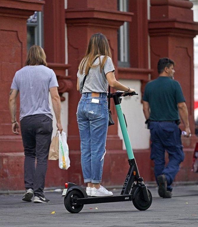 elektrikli-scooter-001.jpg