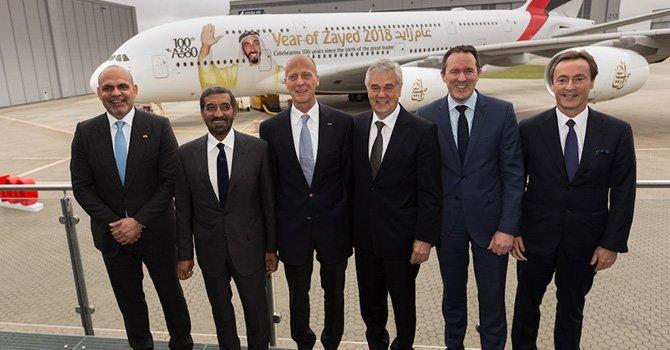 emirates,-100.-airbus-a38-002.jpg