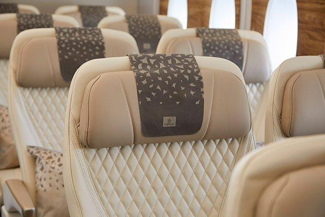 emirates-a380--001.jpg
