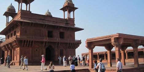 fatehpur-sikri-3.jpg