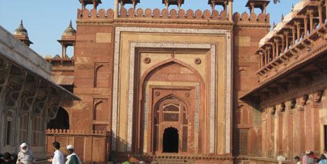 fatehpur-sikri-8.jpg