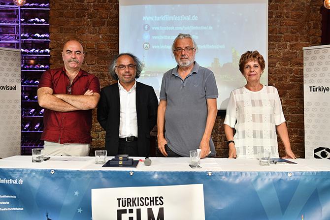 frankfurt'ta-turk-film-festivali-003.JPG