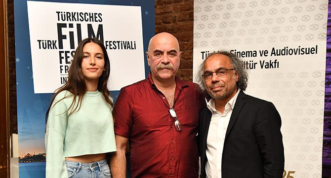 frankfurt'ta-turk-film-festivali-007.JPG