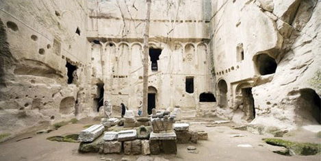 gumusler-manastiri.jpg