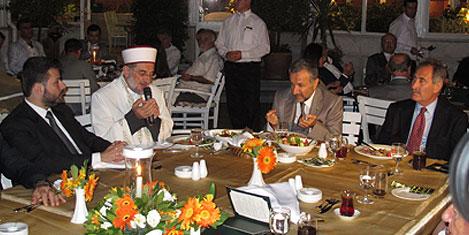 gunay-iftar-yesilev-4.jpg