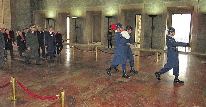 httpwww.turkiyeturizm.comemin-cakmak-anitkabirde-istikbal-turizmdedir-dedi-54873h.htm.jpg