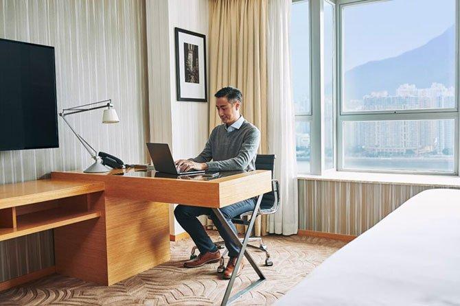 hyatt-hotels,-.jpg