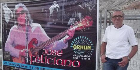 jose-feliciano12.20120722235737.jpg