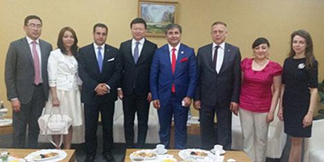 kazakistan-emin2.jpg