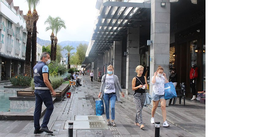 kemerde-turistlere-maske--002.jpg